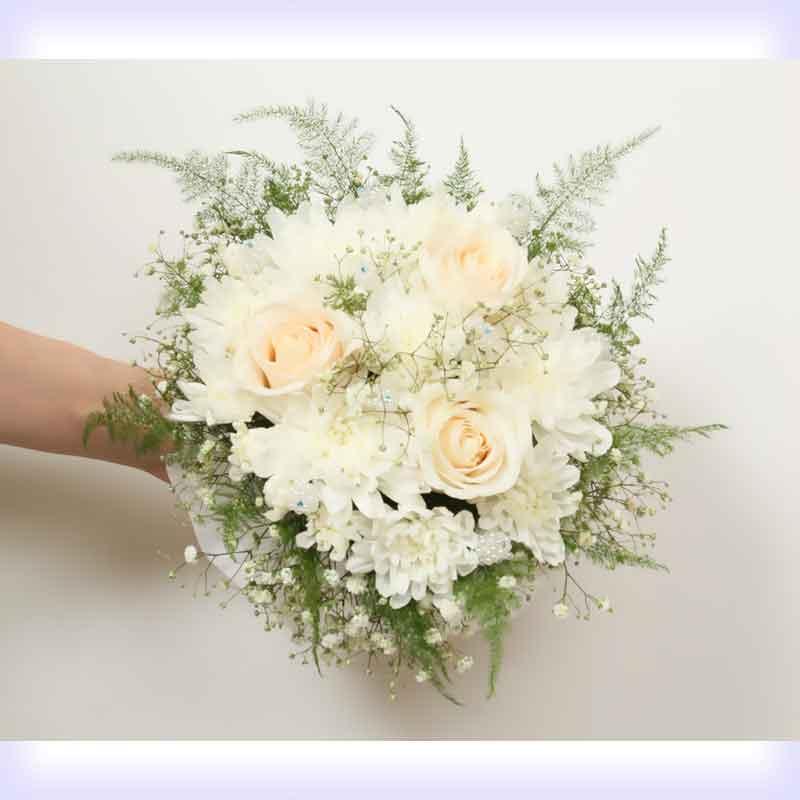 Картинки по запросу Букет розы и хризантемы